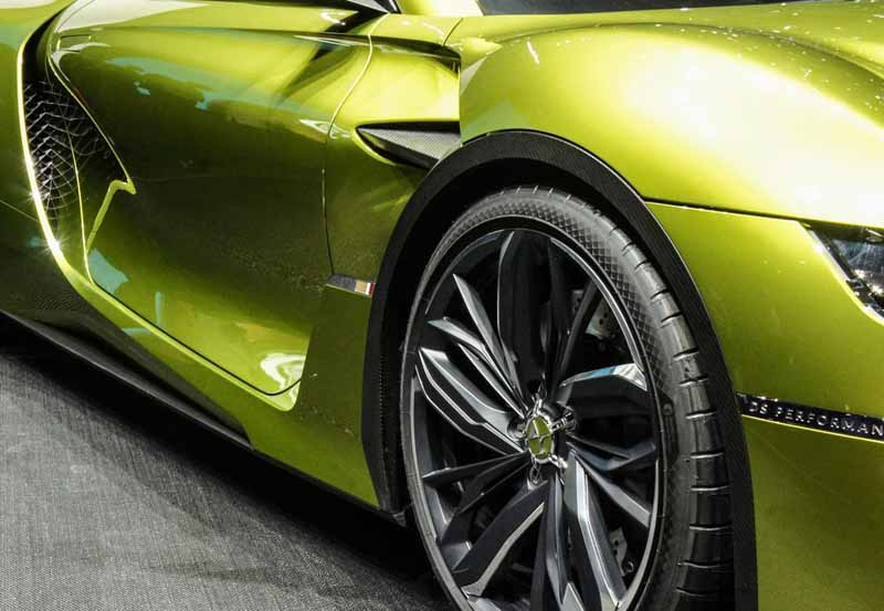 ds-the-worlds-first-unveiled-at-geneva-a-high-performance-ev-sports-ds-e-tense20160303-9