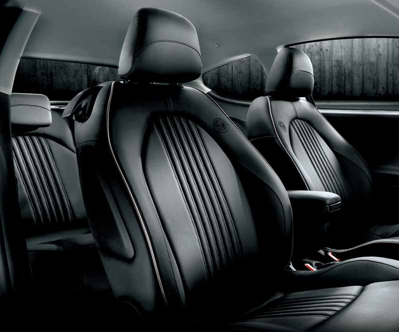 fca-japan-launched-a-limited-model-of-the-alfa-romeo-mito20160306-1