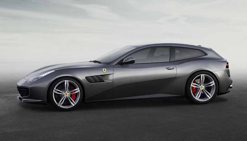ferrari-at-the-geneva-motor-show-ferrari-gtc4lusso-announcement20160306-1