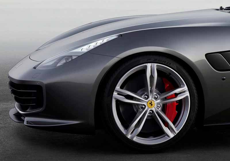 ferrari-at-the-geneva-motor-show-ferrari-gtc4lusso-announcement20160306-29