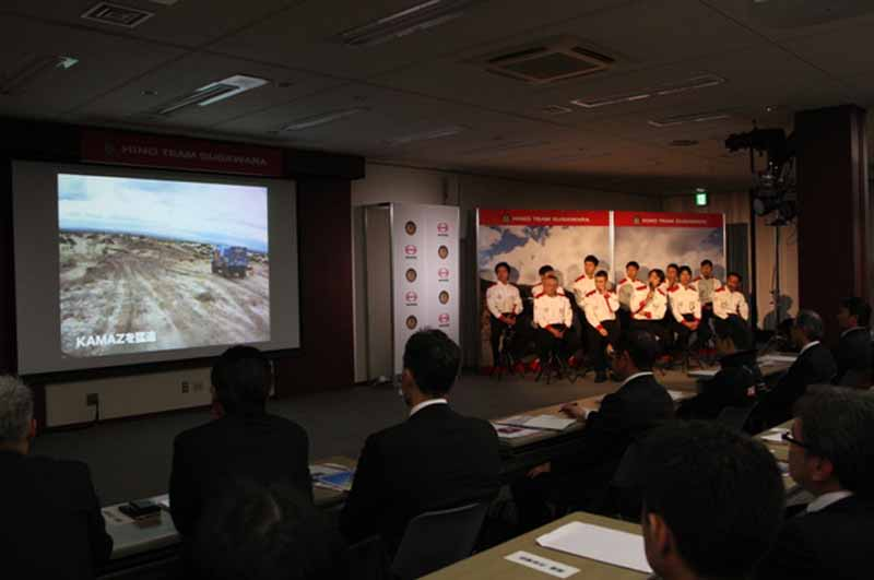 hino-motors-dakar-rally-2016-report-meeting-was-held20160330-1