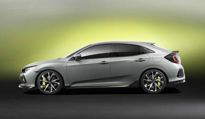 honda-the-worlds-first-showing-off-the-new-civic-hatchback-prototype-model20160303-3