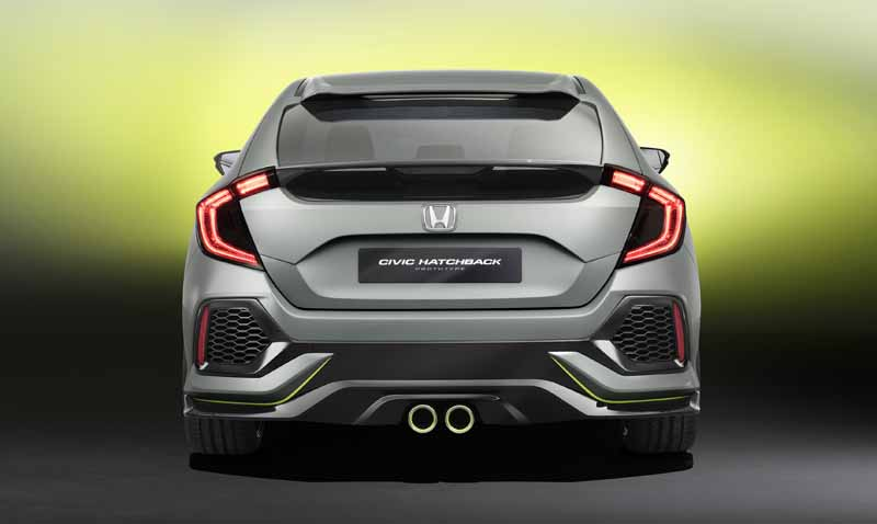 honda-the-worlds-first-showing-off-the-new-civic-hatchback-prototype-model20160303-6