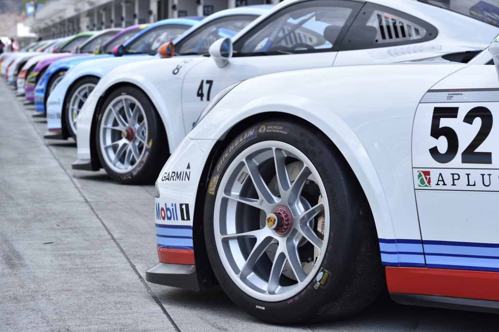 implement-the-porsche-japan-carrera-cup-japan-2016-joint-test20160328-1
