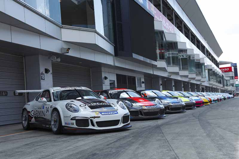implement-the-porsche-japan-carrera-cup-japan-2016-joint-test20160328-2