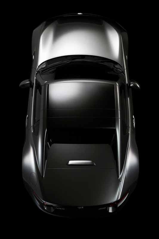 mazda-the-worlds-first-showcase-electric-hardtop-fastback-car-mx-5-rf20160323-11
