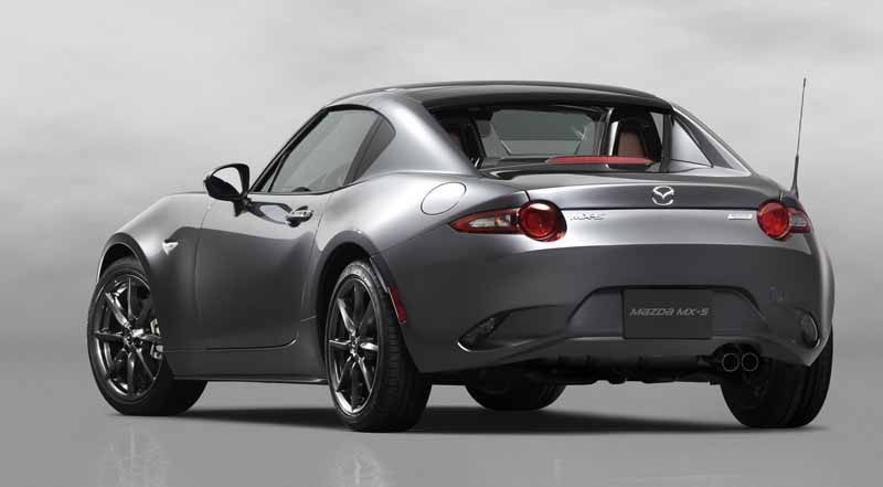 mazda-the-worlds-first-showcase-electric-hardtop-fastback-car-mx-5-rf20160323-19
