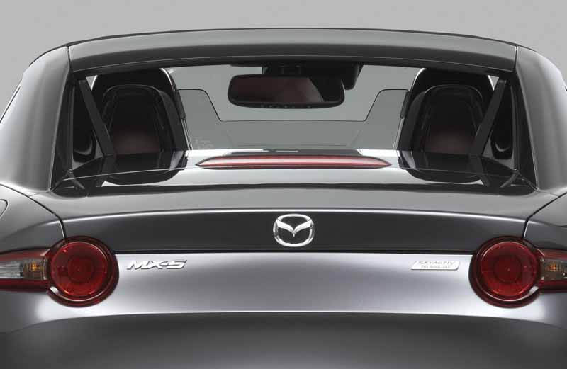 mazda-the-worlds-first-showcase-electric-hardtop-fastback-car-mx-5-rf20160323-29