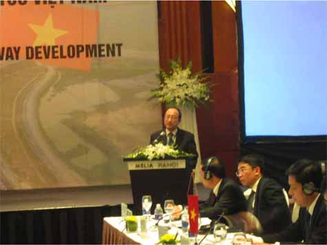 ministry-of-land-infrastructure-and-transport-reported-to-hold-the-results-of-the-9th-vietnam-highway-seminar20160330-2