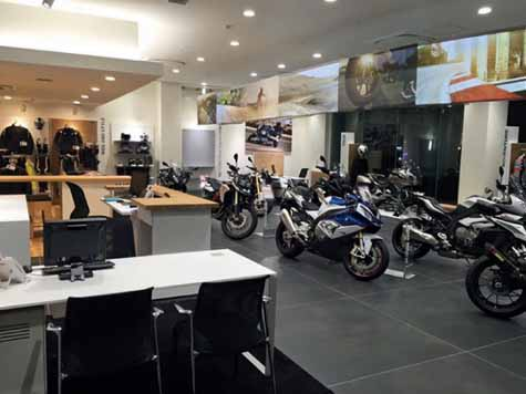 mitsuoka-the-grand-opening-of-the-bmw-motorrad-mitsuoka-nagoya20160318-3