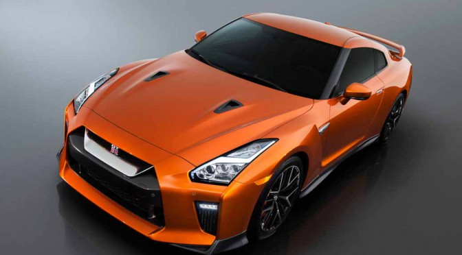 nissan-motor-co-unveiled-the-nissan-gt-r-2017-model-year-in-the-ny-international-auto-show20160324-10