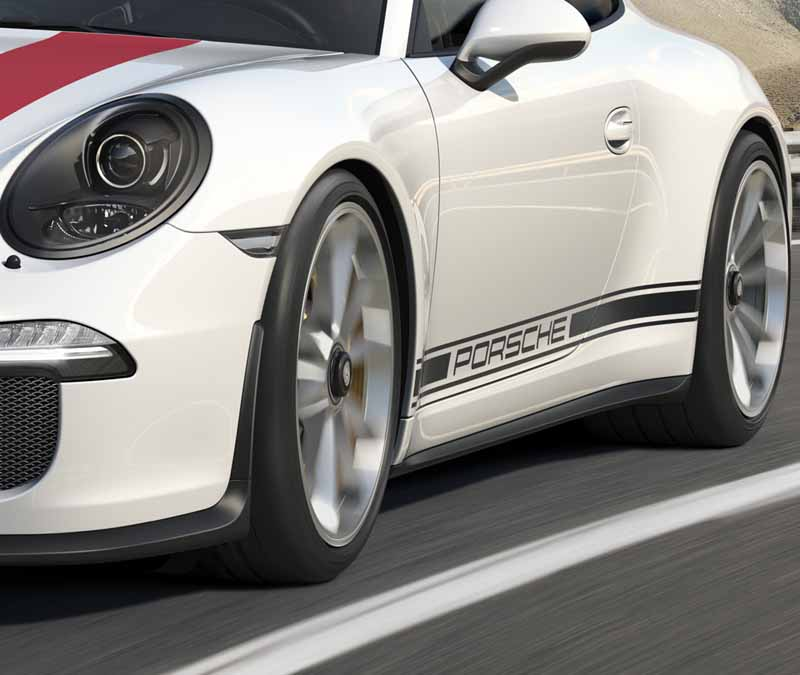 porsche-911r-naturally-aspirated-6-speed-mt-geneva-show-debut20160301-19