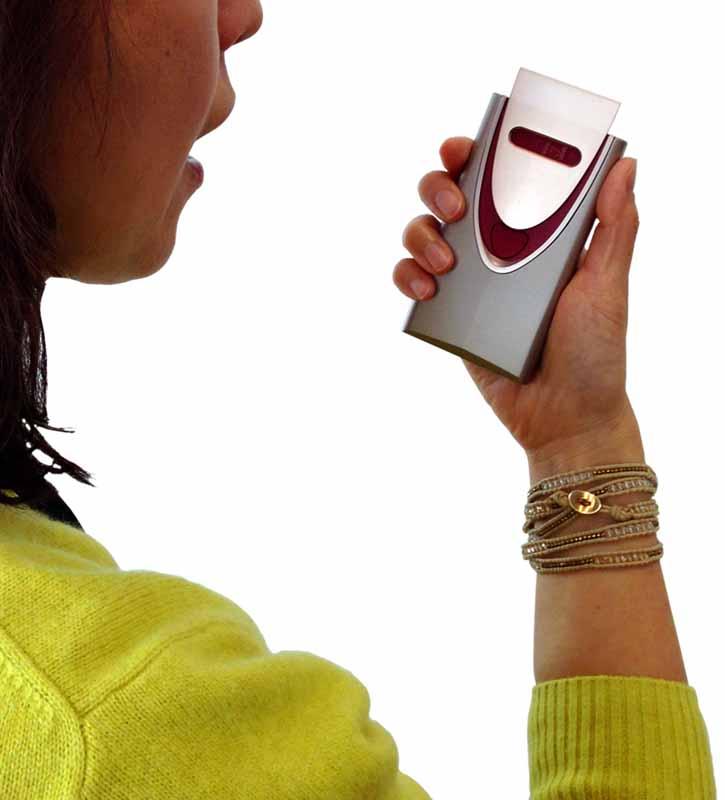 prototype-hitachi-and-honda-smart-key-support-of-portable-breath-alcohol-detector20160327-2