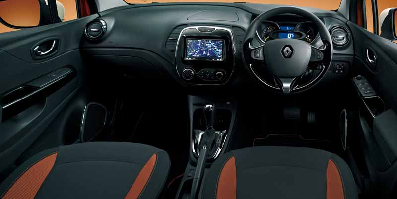 renault-japon-new-renault-capture-released-with-improved-engine-torque20160306-16