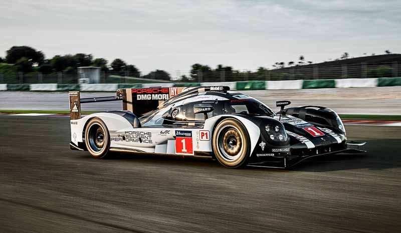 the-new-porsche-919-hybrid-that-aims-to-title-defense-debuted-in-france-and-official-test20160325-11
