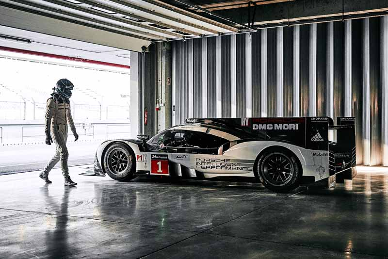 the-new-porsche-919-hybrid-that-aims-to-title-defense-debuted-in-france-and-official-test20160325-5