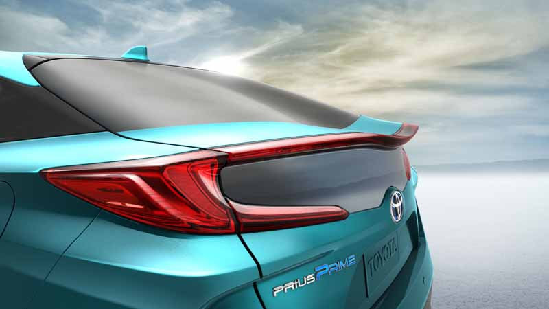toyota-exhibited-the-new-prius-phv-us-brand-name-prius-prime-to-ny-auto-show20160323-22
