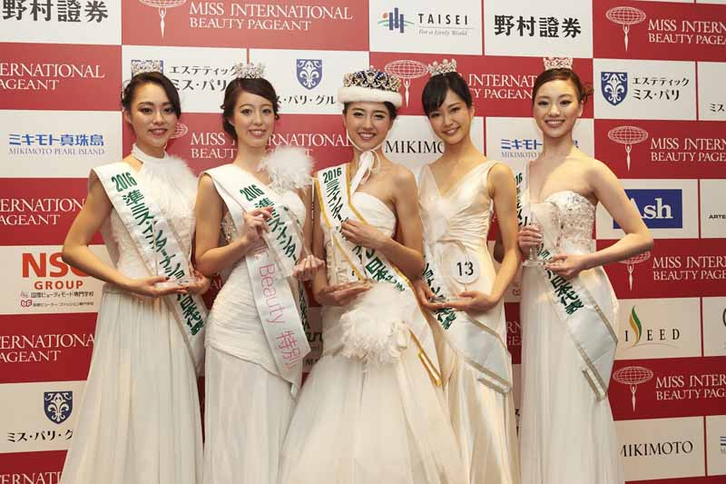 toyota-nationwide-green-campaigns-featuring-the-miss-international20160330-1