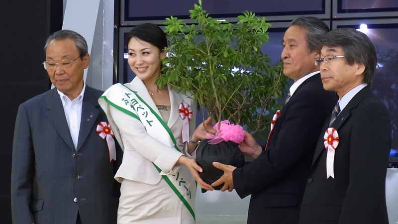 toyota-nationwide-green-campaigns-featuring-the-miss-international20160330-4