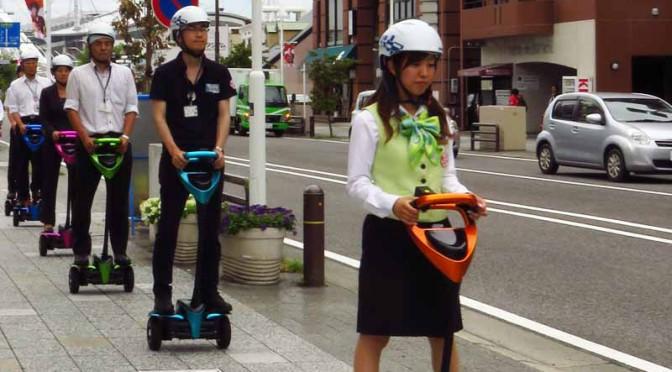 トヨタ、パーソナルモビリティロボット「Winglet」の公道走行実証実験開始