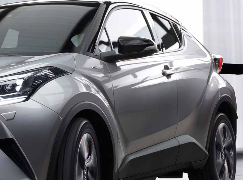 toyota-unveil-the-toyota-c-hr-commercial-type-at-the-geneva-motor-show20160303-12