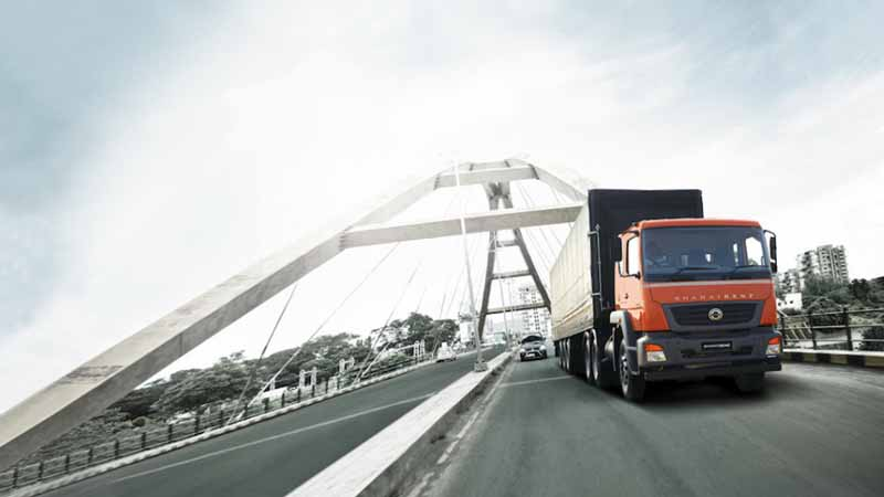 transfer-daimler-trucks-asia-starting-the-business-locations-of-the-commercial-vehicles-sector-to-southeast-asia20160306-4