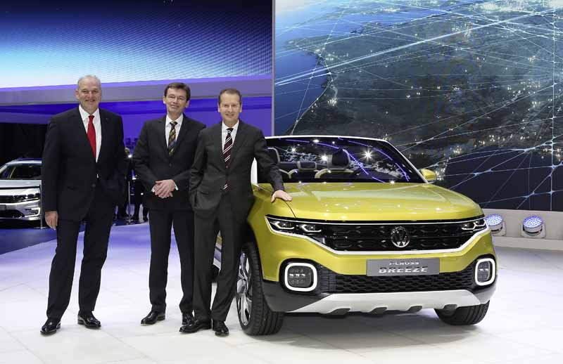 vw-t-cross-breeze-at-the-geneva-international-motor-show-world-debut20160304-14