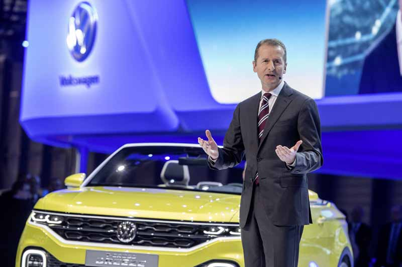 vw-t-cross-breeze-at-the-geneva-international-motor-show-world-debut20160304-8