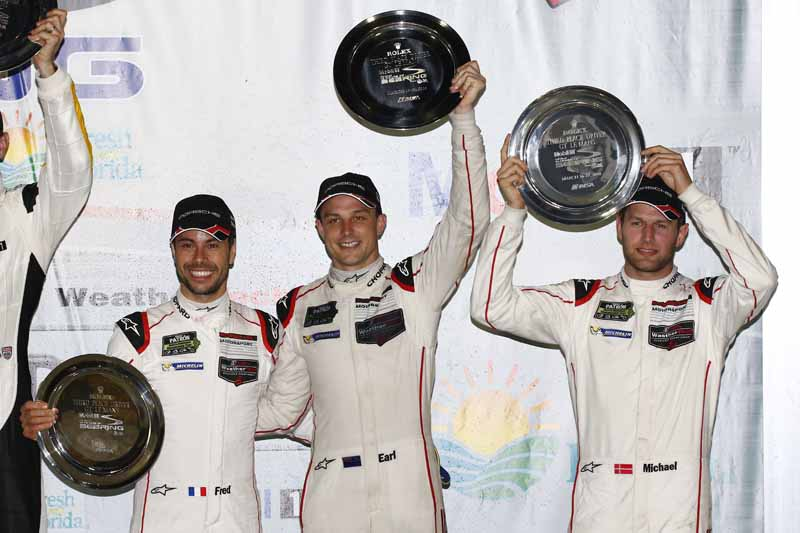 winning-the-porsche-911-rsr-in-third-place-in-the-long-distance-classic-of-the-us-and-florida20160323-25