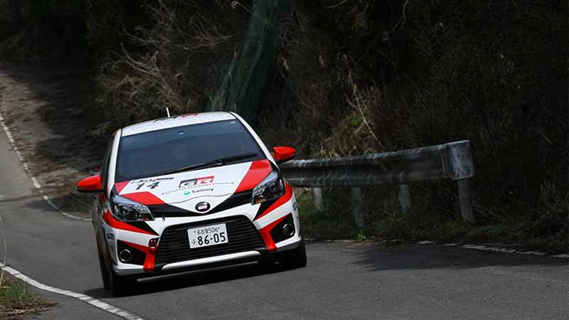 2016-all-japan-rally-championship-first-round-karatsu-katsuta-subaru-has-achieved-11-consecutive-years-of-victory20150414-7