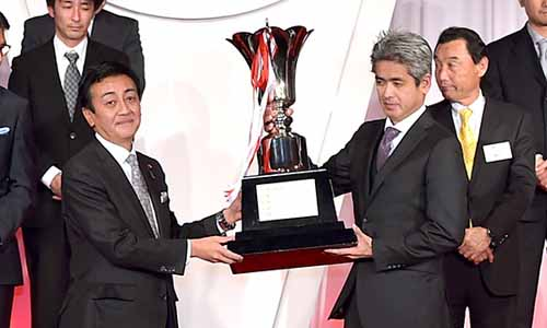 2016-super-gt-special-shoten-awarded-from-continuing-ministry-of-economy-trade-and-industry-ministry-of-land-infrastructure-and-transport-etc-also-this-season20160406-2
