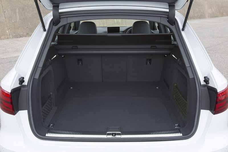 audi-japan-premium-station-wagon-audi-a4-avant-full-model-change20160420-12