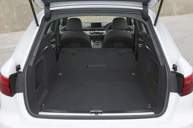 audi-japan-premium-station-wagon-audi-a4-avant-full-model-change20160420-13