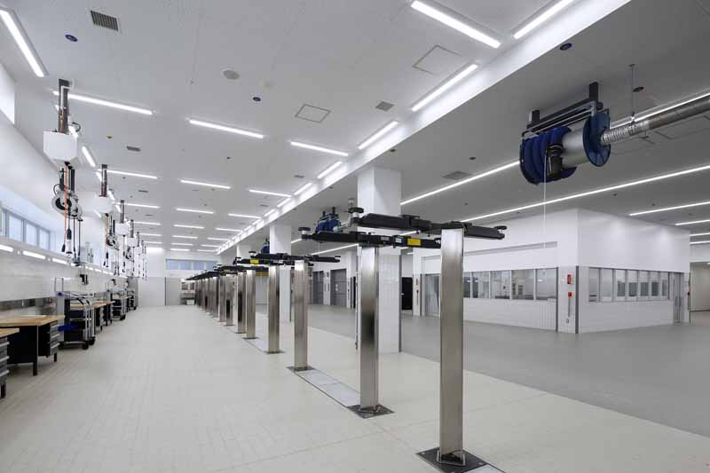 bmw-tokyo-opened-a-new-service-center-kiba-service-center20160416-3