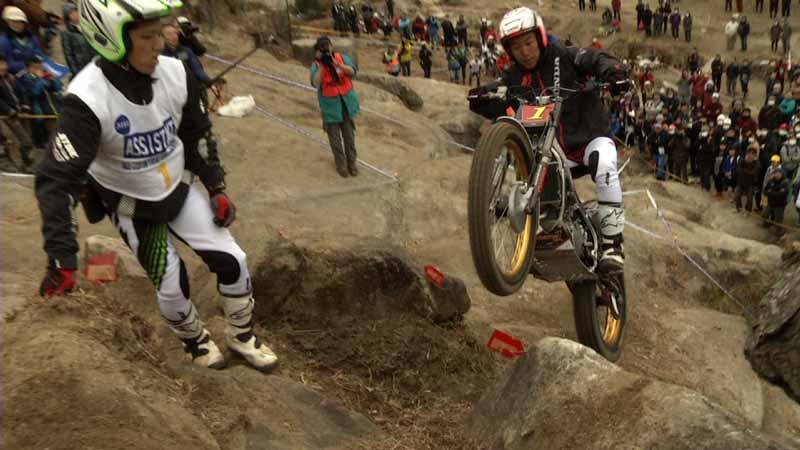 bs12-tuerubi-motor-sports-channel-ride-drive-7-oclock-start-by-saturday20160407-3