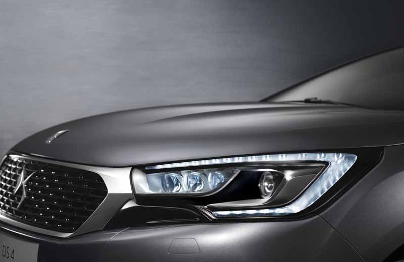 ds-brand-launched-the-new-ds4-ds4-crossback20160401-12