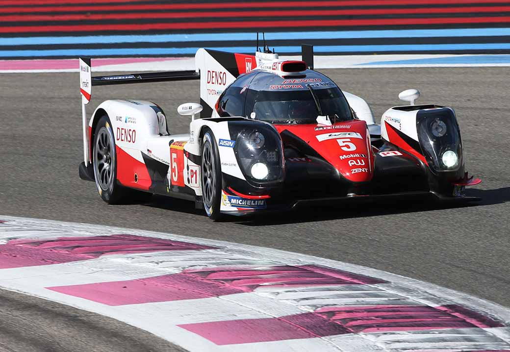 facing-the-toyota-gazoo-racing-wec2016-uk-debut20160412-11