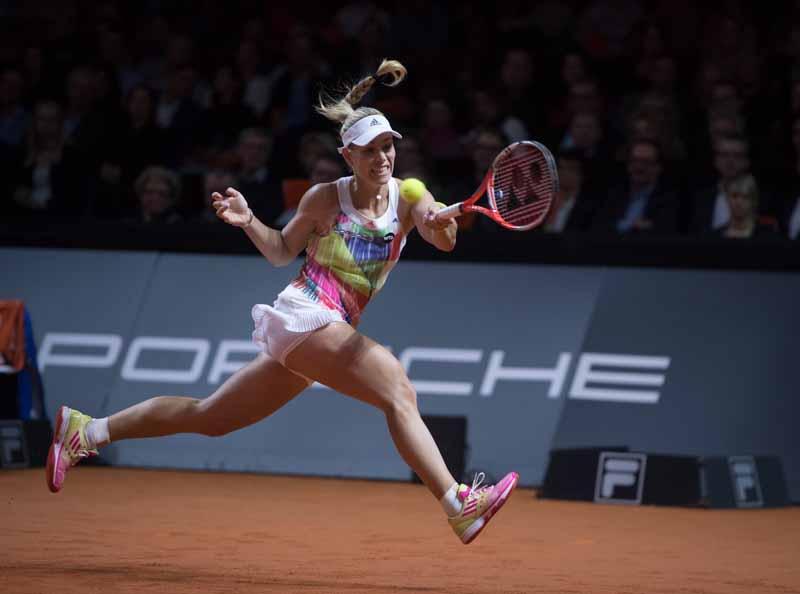 germany-porsche-ag-donated-to-underprivileged-children-30000-euros-tennis-tournament20160427-3