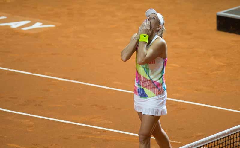 germany-porsche-ag-donated-to-underprivileged-children-30000-euros-tennis-tournament20160427-4