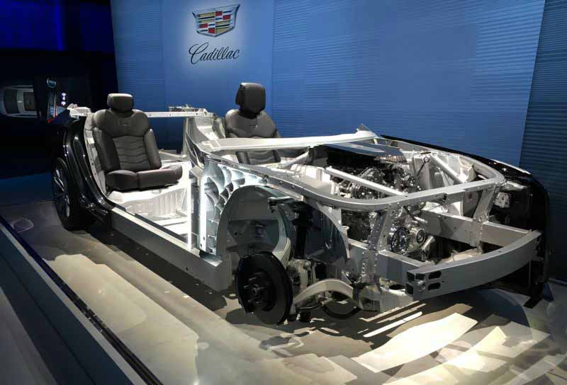 gm-announced-the-new-lag-ship-model-cadillac-ct6-redefine-the-new-value-of-luxury20160427-9