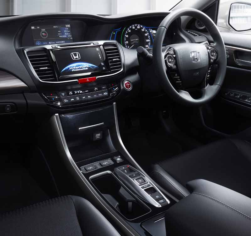 honda-previewed-a-new-accord-accord-on-the-home-page20160421-3
