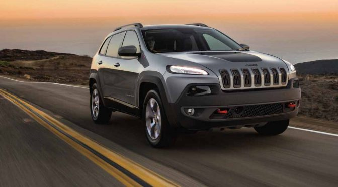 jeep-cherokee-in-japans-first-eco-car-tax-reduction-target-vehicle-as-us-gasoline-passenger-car20160419-99