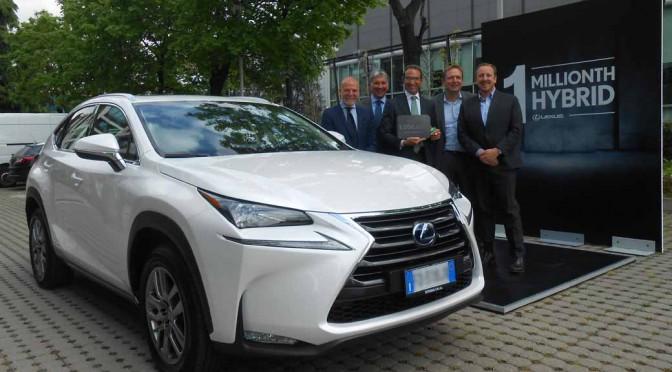 lexus-hybrid-vehicles-cumulative-sales-million-units-achieved-in-the-same-brand20160412-1