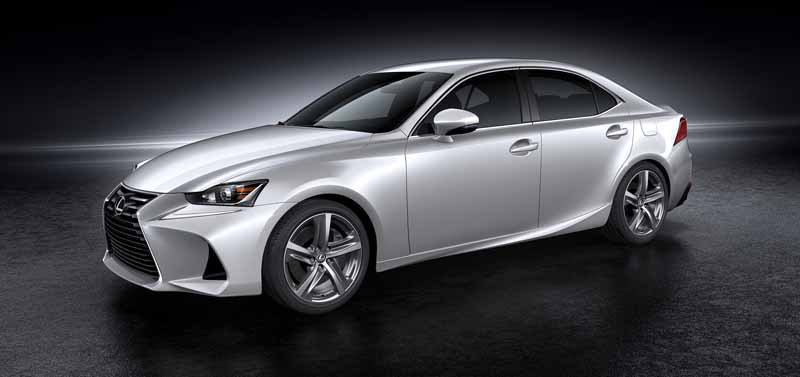 lexus-the-worlds-first-showing-off-the-new-is-in-beijing-aim-the-near-luxury-market-acquisition-to-grow20160426-11