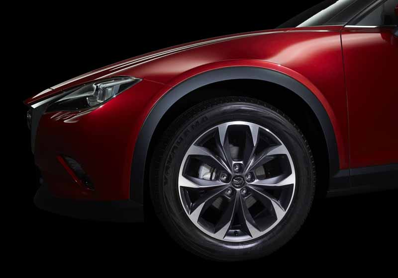 mazda-the-world-premiere-of-the-new-crossover-suv-cx-4-in-beijing-china-released-in-june20160426-7