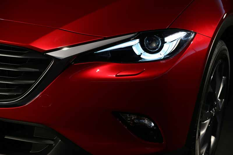 mazda-the-world-premiere-of-the-new-crossover-suv-cx-4-in-beijing-china-released-in-june20160426-8