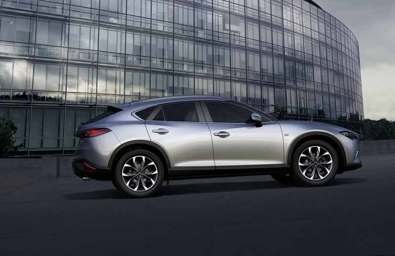 mazda-the-world-premiere-of-the-new-crossover-suv-cx-4-in-beijing-china-released-in-june20160426-9