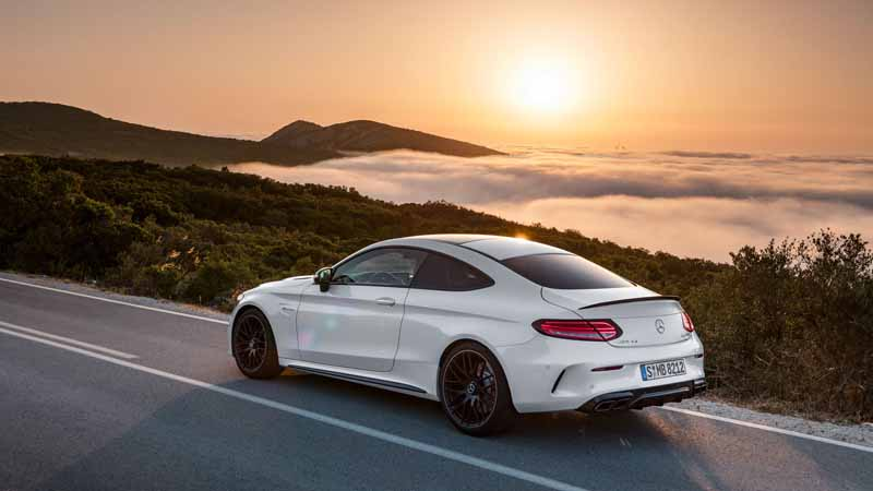 mercedes-benz-japan-the-new-mercedes-amg-c63-announced-two-models-of-the-coupe20160418-15