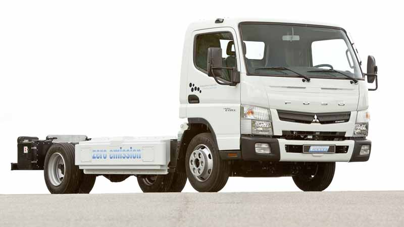 mitsubishi-fuso-electric-truck-canter-e-cell-zero-emissions-first-practical-test-trial-in-germany20160418-22
