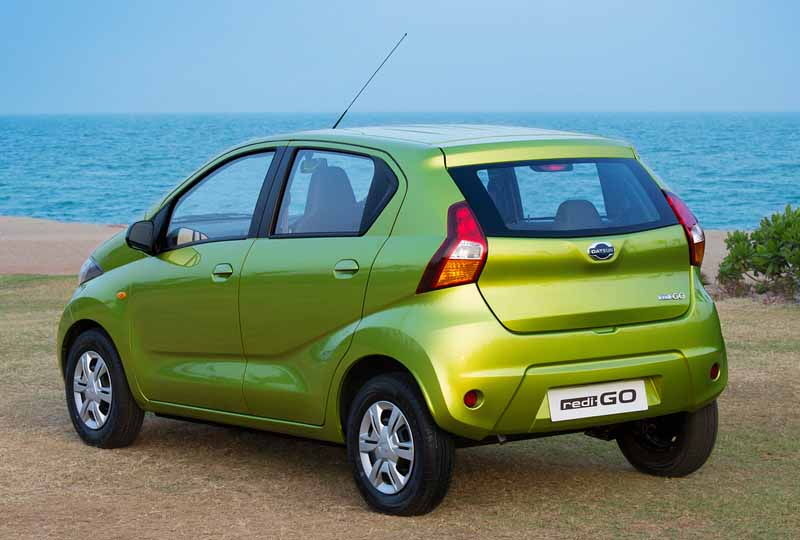 nissan-motor-co-ltd-india-from-datsun-brands-first-crossover-redi-go-public20160414-9